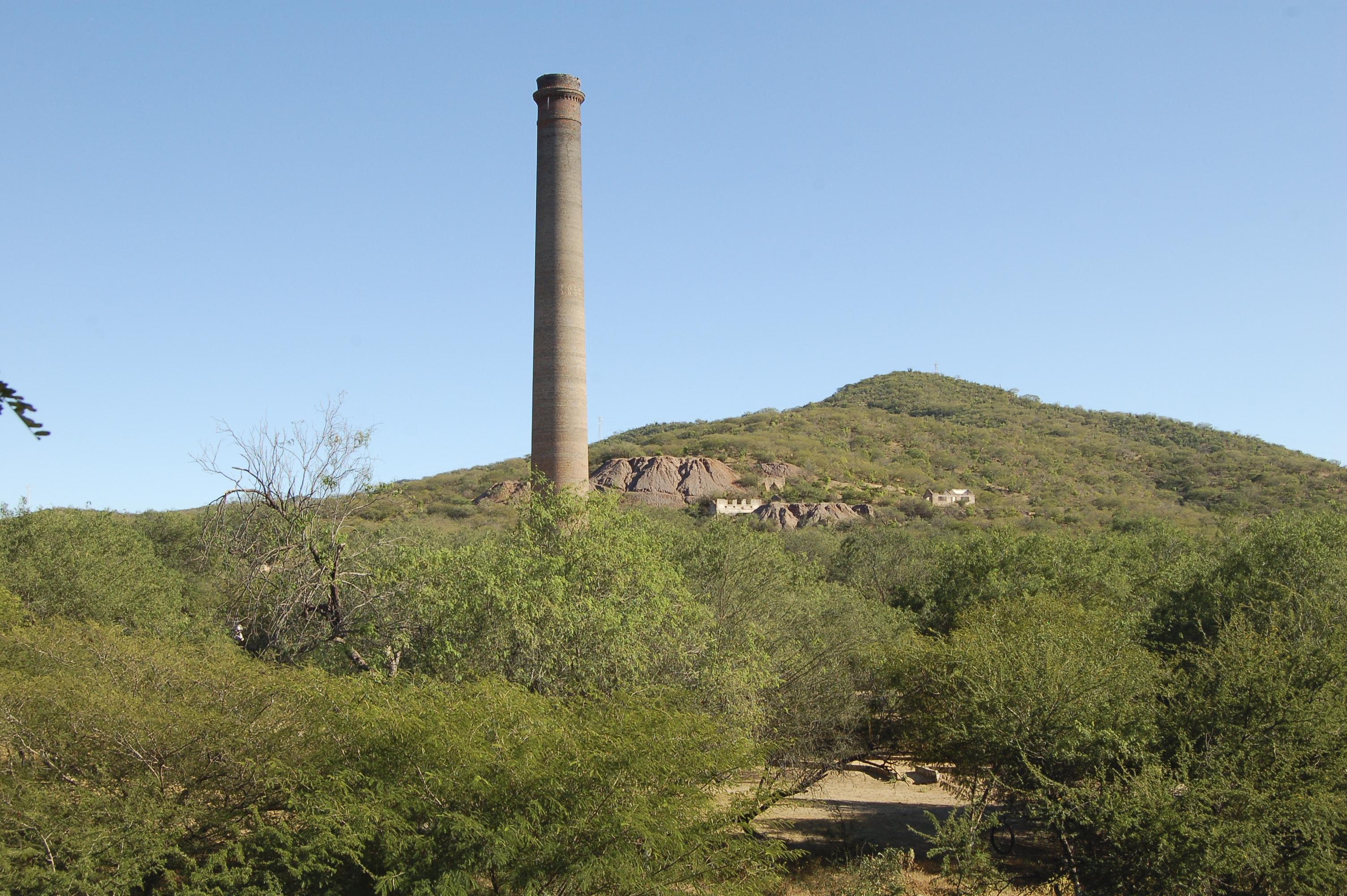 Gustav Eiffel Smelting Smokestack, El Triunfo