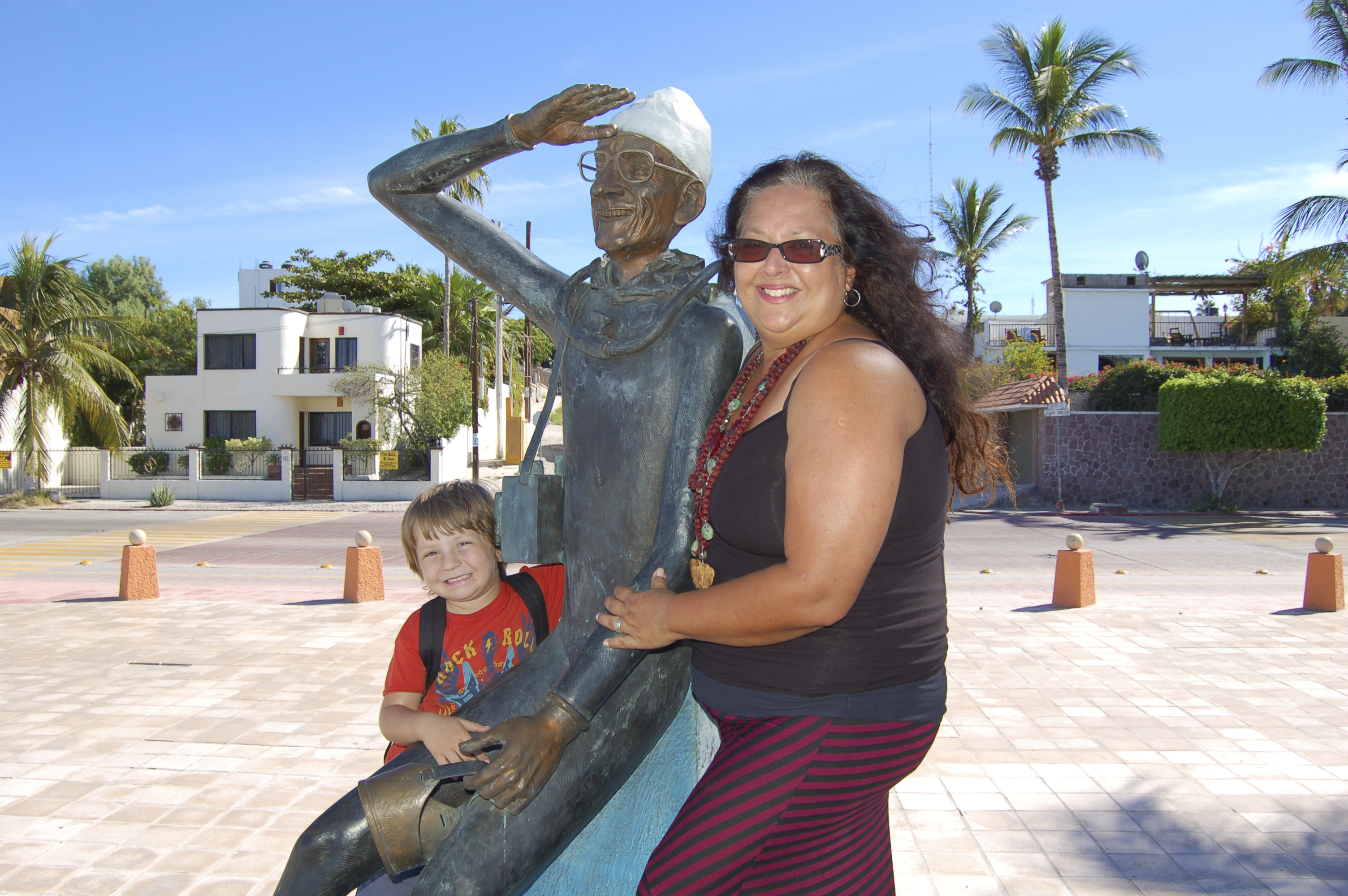 Wolfie and Ursula on the Malecon, La Paz, Baja Sur