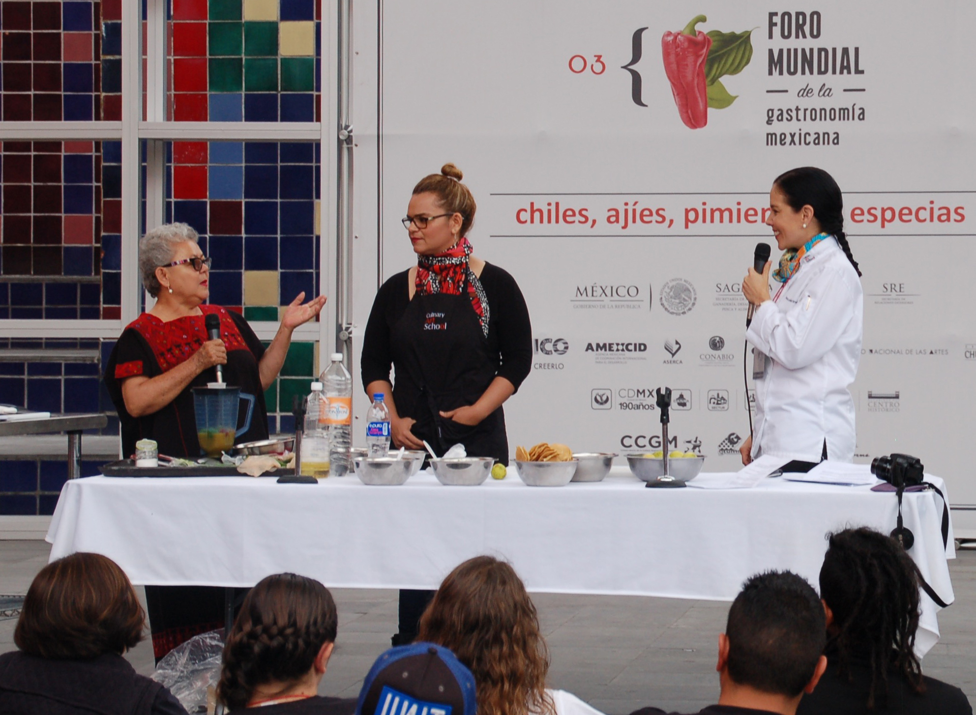 Sabina Bandera, MariJane Watson and Ana Laura Martînez discuss and prepare regional salsas at FMGM 2015, Mexico City, Mexico