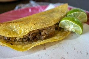 tacos, tijuana, baja california, tijuana street tacos, taco de barbacoa, aqui es texcoco